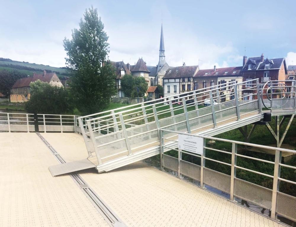Nouveau ponton et installations de bornes